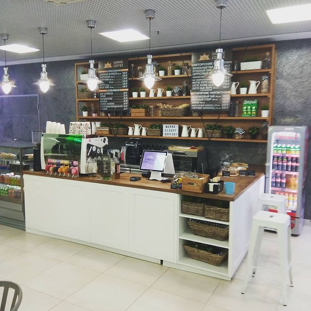 Москва<br/>Sunrise Coffee<br/>220-260 руб/ч